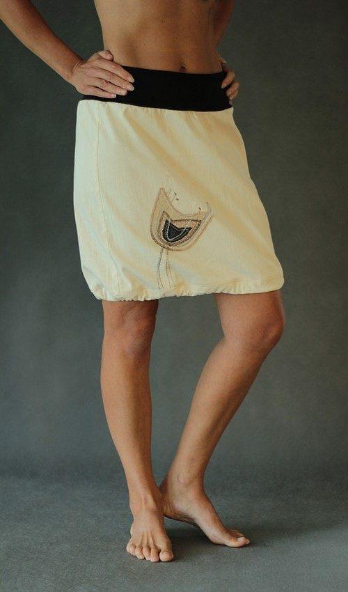 LaJuPe béžová sukně riflová áčková černý náplet motiv hnědý černý tulipán s kapsou