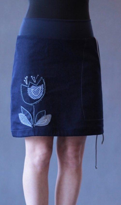 LaJuPe jeansové sukně bavlna_polyester_bez_podšívky_tmavěmodrá_bleděmodrá_áčková_1kapsa_tunýlek_tmavěmodrá_modrá_tulipán_tulipá