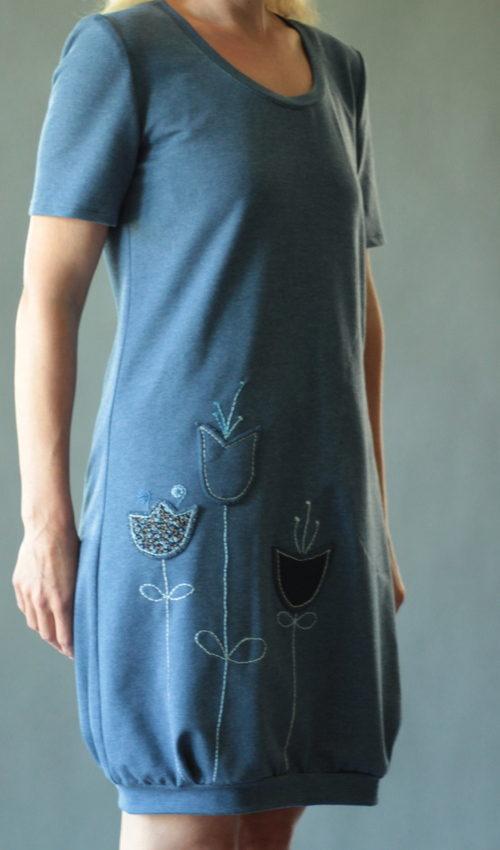 LaJuPe dámské šaty bavlna_elastan_bez_podšívky_džínová_modrá__1kapsa_úplet__modrodžínová_louka_zvonky