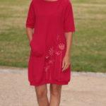 LaJuPe dámské volné šaty bavlna_elastan_bez_podšívky_červená_bílá__1kapsa_úplet__červenobílá_louka_zvonky