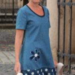LaJuPe dámské retro šaty bavlna_elastan_bez_podšívky_modrá_bílá__1kapsa_úplet__modrobílá_květ_kytka