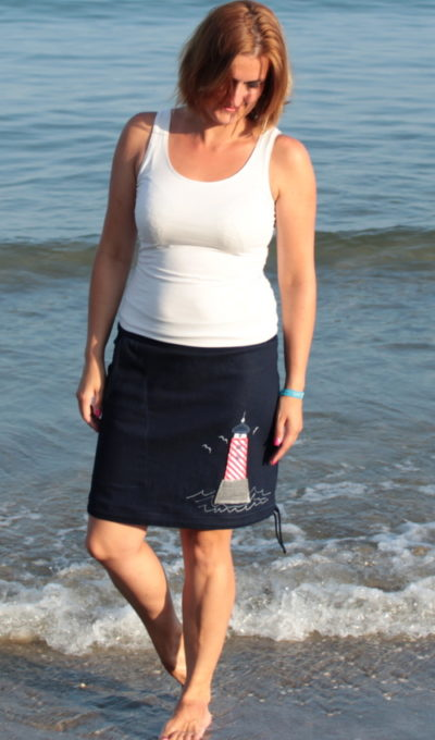 LaJuPe dámské jeans sukně bavlna_elastan_bez_podšívky_modrá_bíločervená_áčková_1kapsa_tunýlek_modrá_šedobíločervená_maják_maják