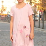 LaJuPe dívčí společenské šaty bavlna_elastan_bez_podšívky_světle růžová_růžová_áčková_bez_kapes_úplet__růžová_louka_zvonky