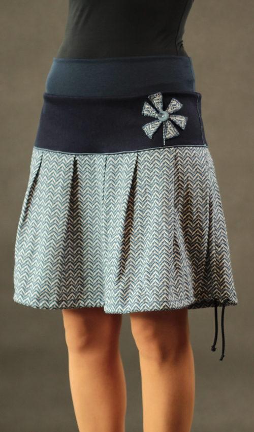 LaJuPe sukně s výšivkou bavlna_viskóza_bez_podšívky_modrá_bílá_skládaná_bez_kapes_tunýlek_modrá_modrobílá_mlýn