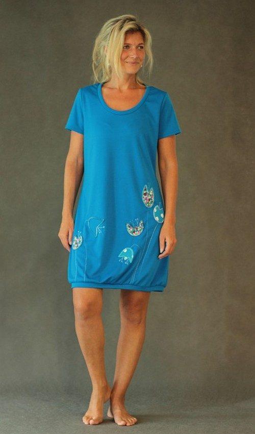 LaJuPe dámské letní šaty s krátkým rukávem úpletové modré aplikace růžové tyrkysové květiny