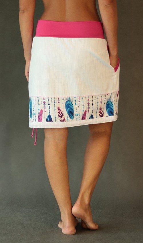 LaJuPe bílá džínová sukně kombinovaná áčková růžový náplet motiv modrá růžová pírka s kapsoukombinovaná áčková růžový náplet motiv modrá růžová pírka s kapsou