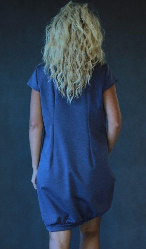 LaJuPe dámské šaty midi polyester_viskóza_bez_podšívky_šedomodrá_šedomodrá__bez_kapes_úplet_šedomodrá_šedomodrá_kytka_3kytky