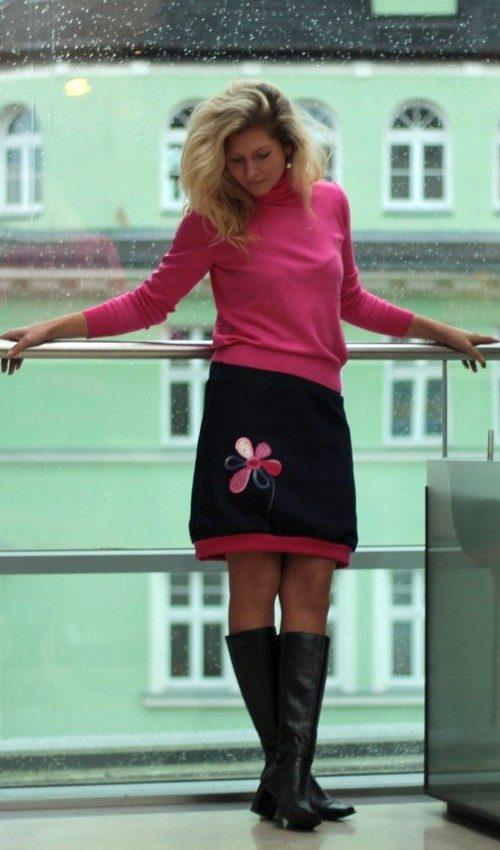 LaJuPe riflové sukně bavlna_polyester_bez_podšívky_tmavěmodrá_růžová_áčková_1kapsa_tunýlek_tmavěmodrá_růžová_kytka_1kytka