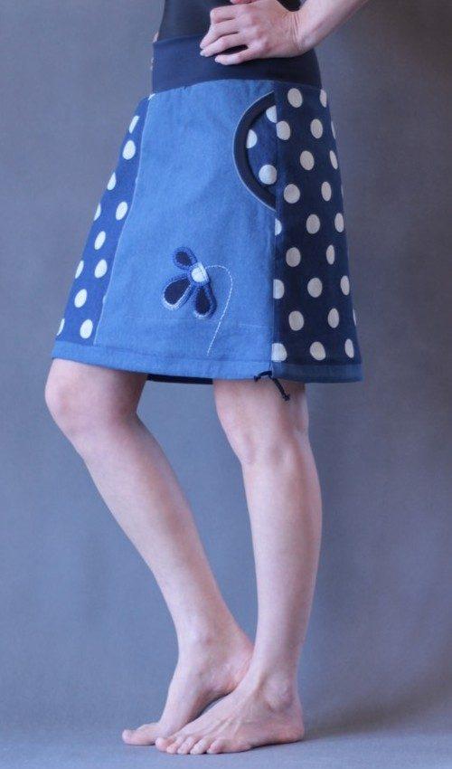 LaJuPe puntiaktá sukně bavlna_elastan_bez_podšívky_modrá_bílá_dělená_1kapsa_tunýlek_tmavěmodrá_modrá_kytka_třikvět