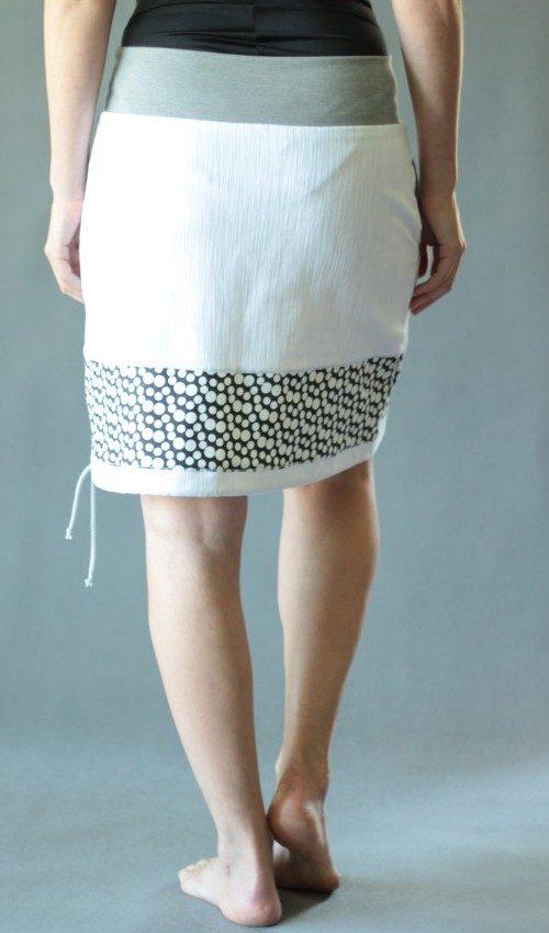 LaJuPe příklad dámské riflové sukně bavlna_elastan_bez_podšívky_bílá_černá_se_sedlem_dole_1kapsa_tunýlek_světle šedá_černošedá_houby_dvěhouby