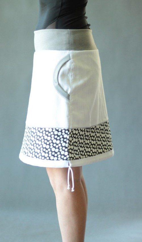 LaJuPe sukně s pružným pasem bavlna_elastan_bez_podšívky_bílá_černá_se_sedlem_dole_1kapsa_tunýlek_světlešedá_černobílá_terčík_terčík