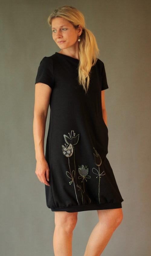 LaJuPe večerní šaty bavlna_elastan_bez_podšívky_černá_zelená__1kapsa_úplet__zelenočerná_louka_zvonky