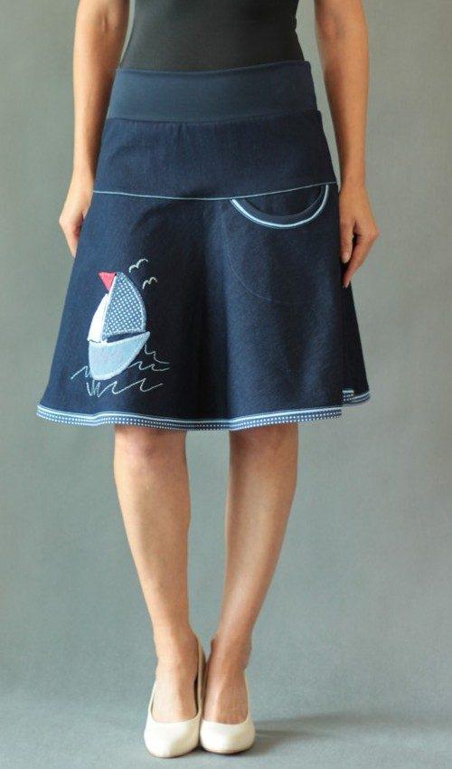 LaJuPe rifloé sukně letní bavlna_elastan_bez_podšívky_modrá_bílomodrá_se_sedlem_nahoře_bez_kapes_kédr_modrá_bílomodročervená_loď_plachetnice