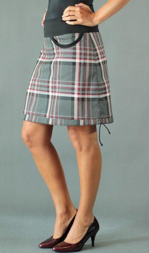 LaJuPe sukně kostkovaná viskóza_polyester_bez_podšívky_šedá_vínová_áčková_1kapsa_tunýlek_černá_bez motivu