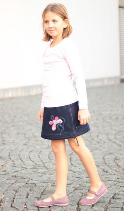 LaJuPe dívčí móda sukně bavlna_polyester_bez_podšívky_tmavě modrá_růžová_áčková_bez_kapes_tunýlek_růžová_růžová_kytka_květ