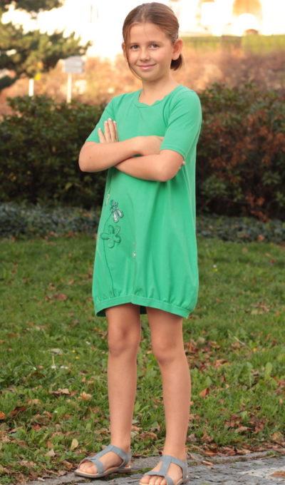 LaJuPe dívčí šaty společenské bavlna_elastan_bez_podšívky_zelená_šedá_áčková_bez_kapes_úplet__zelenošedá_louka_kvítky