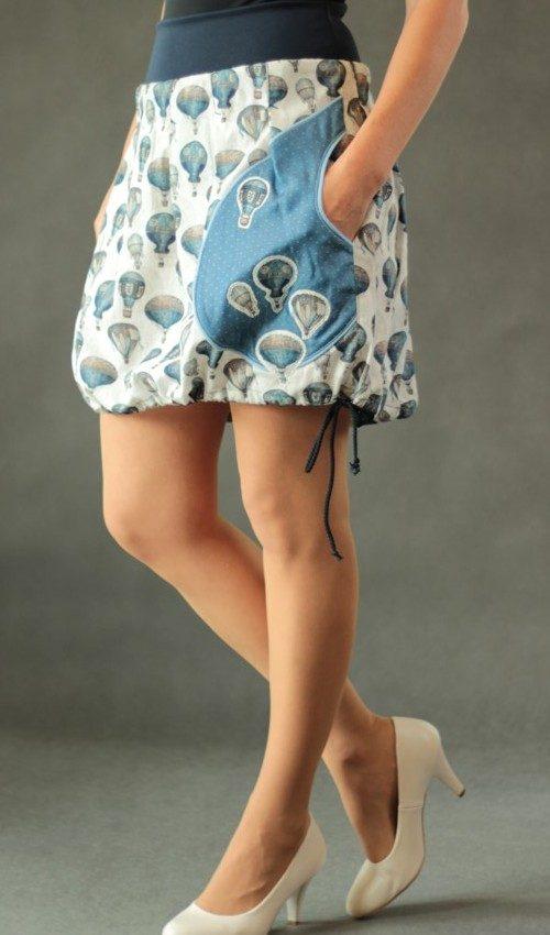LaJuPe balonová sukně bavlna_elastan_bez_podšívky_modrá_bílá_skládaná_1kapsa_tunýlek_modrá_modropestrá_balon_balony