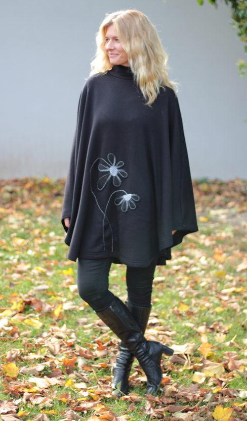 LaJuPe pončo černé polyester pončo svetr